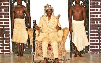Jacques Fame Ndongo chef supérieur dans une grande destination touristique