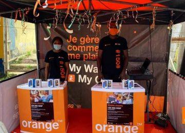 Le slogan de la nouvelle campagne d'Orange qui fait le buzz : vivons vivants !